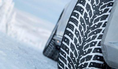 Как накачивать зимние шипованные шины?